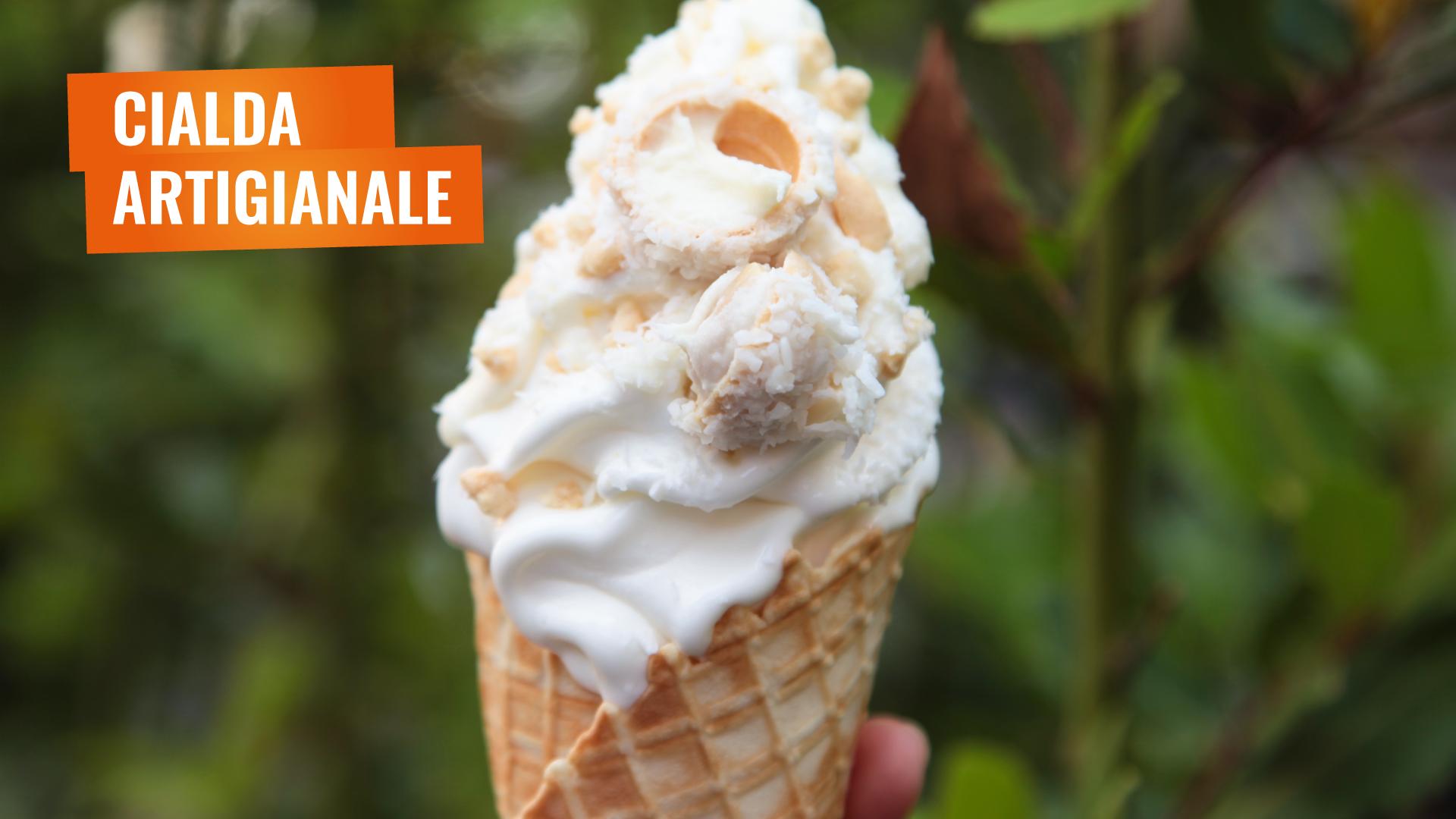 Cialda Artigianale con Frozen Yogurt e Snack de La Yogurteria